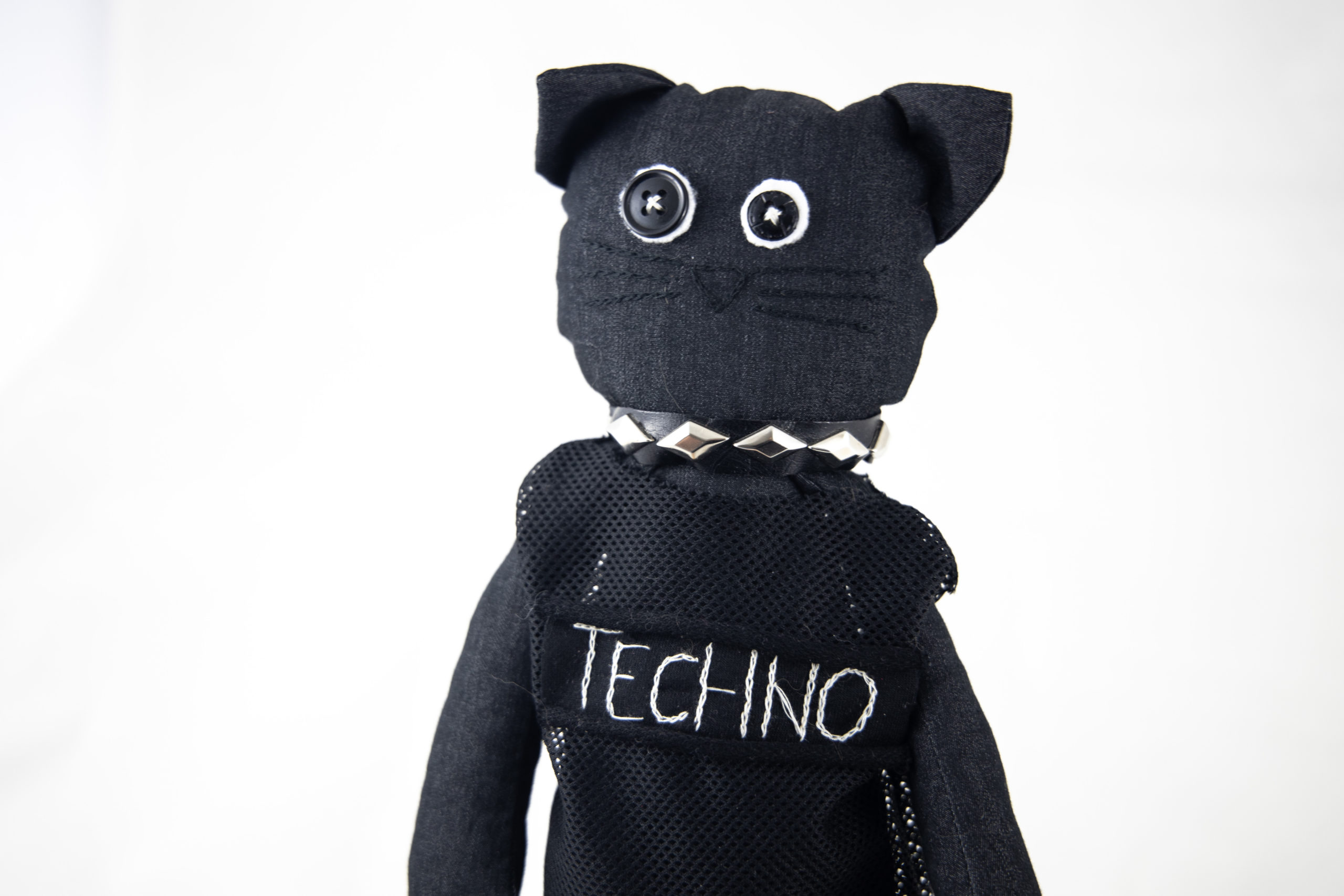 TECHNO CATS